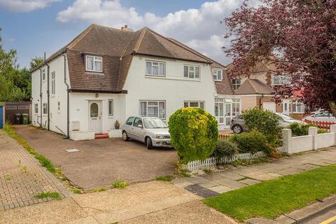 4 bedroom semi-detached house for sale - Newbury Gardens, Epsom