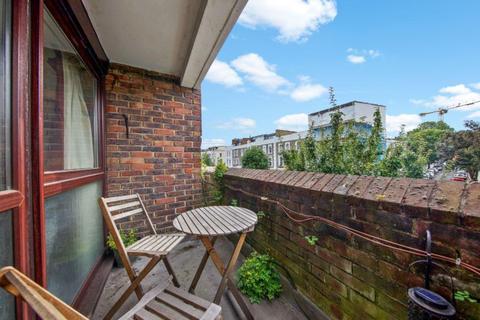 1 bedroom flat for sale - Queens Crescent, London