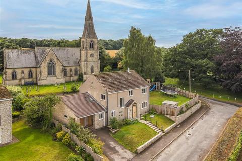 4 bedroom detached house for sale - Kirkwall, Church Lane, Welburn, York, North Yorkshire YO60 7EG
