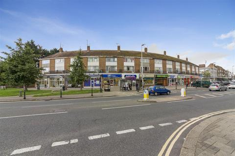 3 bedroom apartment for sale - Wallace Parade, Worthing