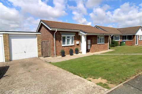 3 bedroom detached bungalow for sale - Victor Close, Seaford, East Sussex