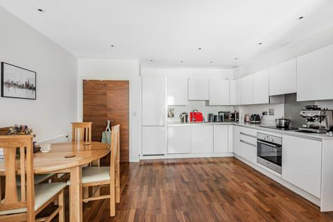 1 bedroom flat to rent - John Donne Way London SE10