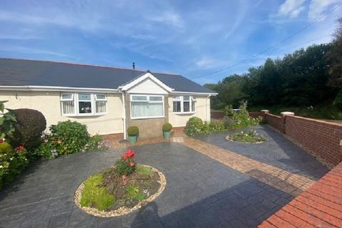 2 bedroom semi-detached bungalow for sale - Morfa Glas, Glynneath, Neath, Neath Port Talbot.