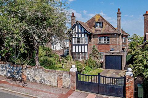 6 bedroom detached house for sale - Prideaux Road, Eastbourne, East Sussex