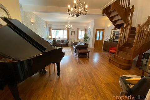 3 bedroom terraced house for sale - Thomastown, Tonyrefail - Porth
