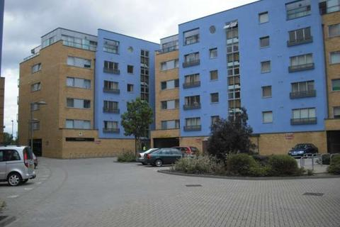 2 bedroom apartment to rent - Tideslea Path, Thamesmead West, SE28 0LX