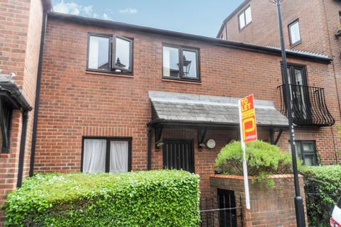 Studio to rent - Charlotte Mews, Newcastle Upon Tyne, Tyne & Wear, NE1 4XH