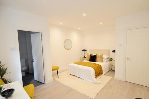 3 bedroom ground floor flat for sale - Mount Avenue, Ealing, London, W5 1PN