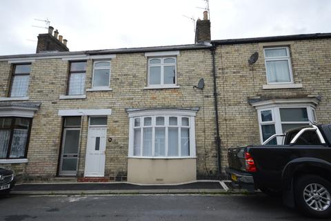 3 bedroom terraced house to rent - Gladstone Street, Crook