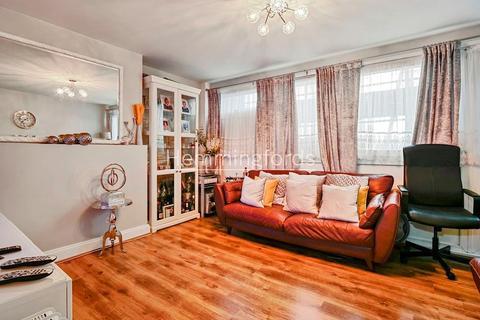 3 bedroom maisonette for sale - Kinross House, Kings Cross, N1