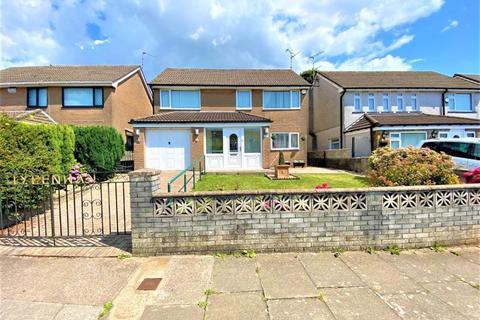 4 bedroom detached house for sale - 12 St Fagans Court Michaelston Cardiff CF5 4SP