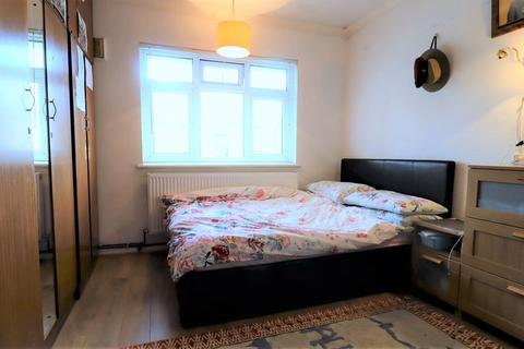 2 bedroom maisonette for sale - Riverside Gardens, Alperton, Hanger Lane, Brent Borough HA0 1JG