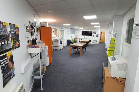 Office to rent - 2 Mill Street, Bradford, West Yorkshire, BD1