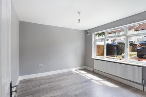 4 bedroom terraced house to rent - Dawpool Road, London