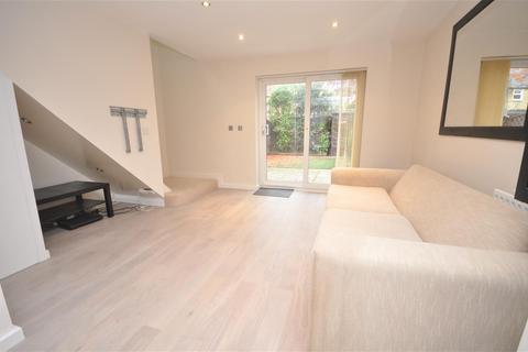 2 bedroom maisonette to rent - Norfolk Road, Colliers Wood