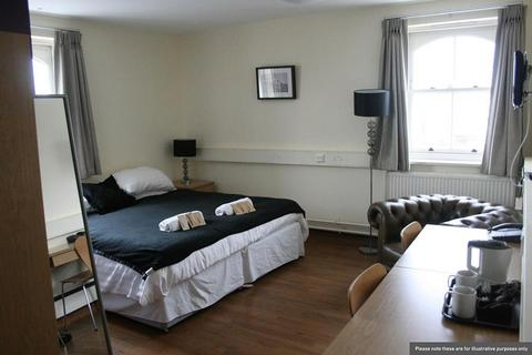 Studio to rent - 8A Northumberland Avenue,  London, WC2N 5BY