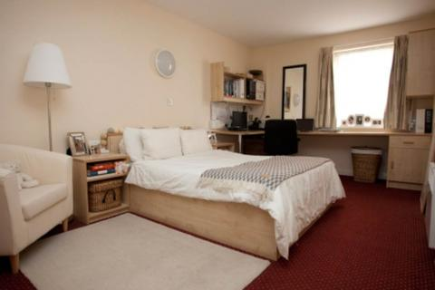 Studio to rent - Victoria Street, Preston PR1 7QT