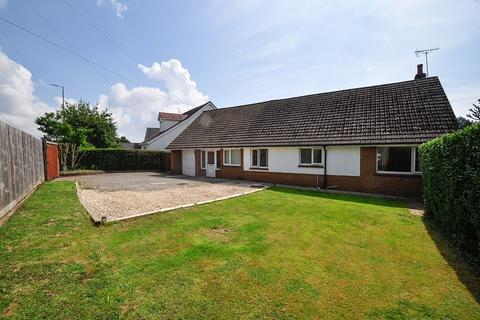 5 bedroom detached house for sale - Caerphilly Road, Bassaleg