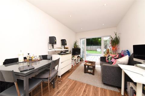 2 bedroom apartment for sale - Pembury Road, Tottenham, N17
