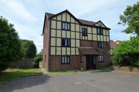 1 bedroom flat for sale - Courtlands Way, Ravenhill, Swansea