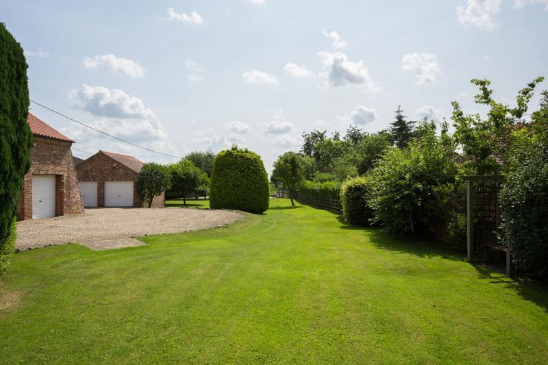 Rear garden & garaging