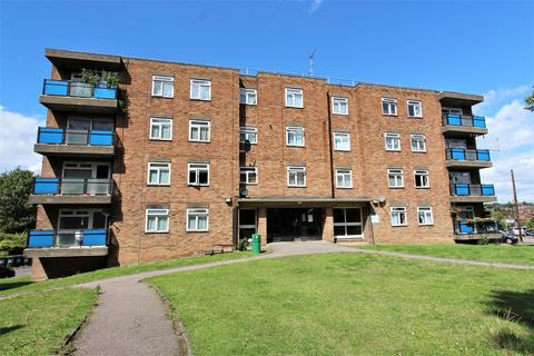 2 bedroom flat to rent - The Homestead, Arnos Grove, N11