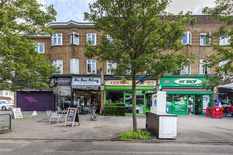 1 bedroom apartment for sale - Central Parade, Central Avenue, West Molesey, Surrey, KT8