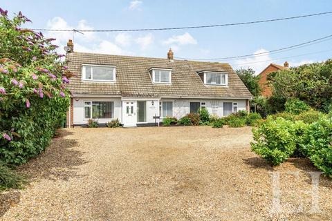 4 bedroom detached bungalow for sale - Palgrave, Diss
