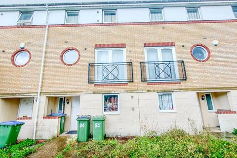 5 bedroom property for sale - Miles Drive, West Thamesmead