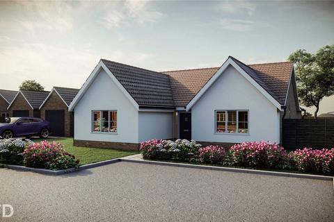 3 bedroom detached bungalow for sale - Dawson's Lane, Blofield Heath, Norwich, Norfolk