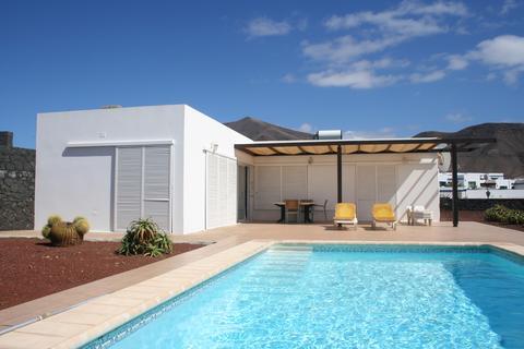 3 bedroom detached villa - Playa Blanca, Lanzarote, Canary Islands, Spain.