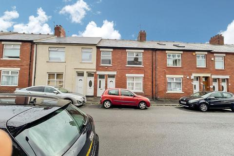 3 bedroom flat for sale - Lilburn Street, North shields, North Shields, Tyne and Wear, NE29 0JY