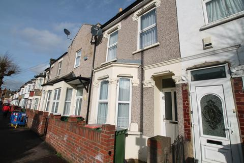 3 bedroom detached house to rent - Manor Park E12 6DB