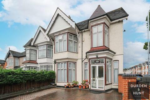 9 bedroom semi-detached house for sale - Cranbrook Road, Gants Hill