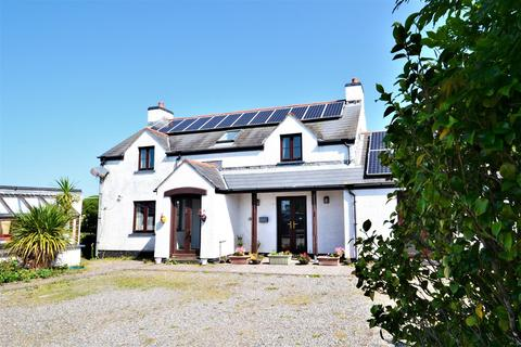 7 bedroom property with land for sale - Milton, Tenby
