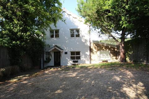 4 bedroom detached house for sale - Waltham Road, Waltham Abbey EN9