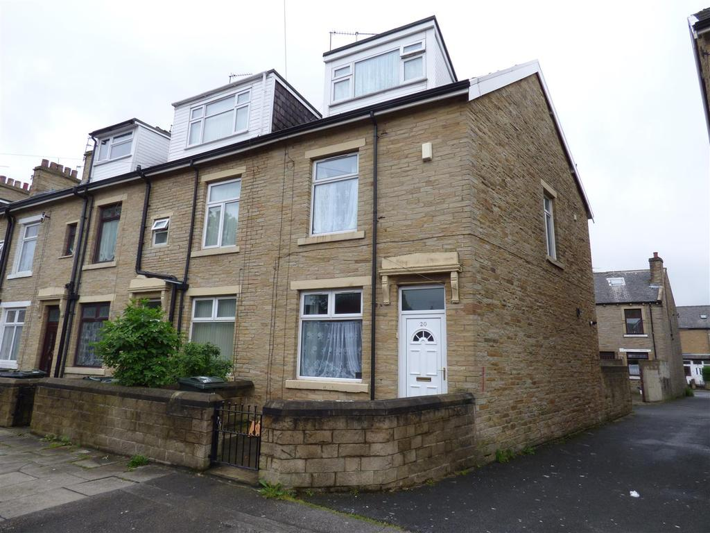4 Bedrooms End Of Terrace House for sale in Woodroyd Road, West Bowling, BD5