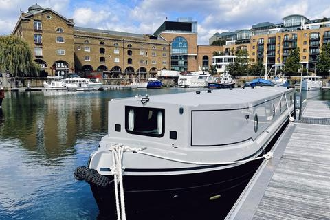 2 bedroom houseboat for sale - St Katharine Docks Marina, Wapping, E1W