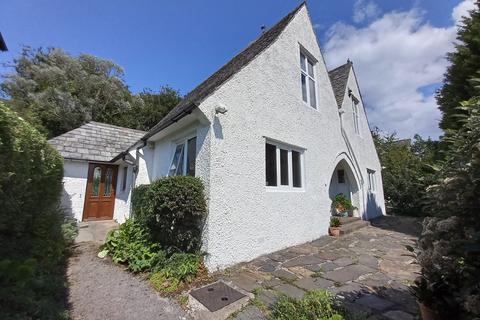 4 bedroom detached house for sale - FFRIDDOEDD ROAD, BANGOR LL57