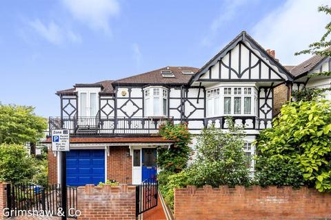 7 bedroom detached house for sale - Rathgar Avenue, Near Lammas and Walpole parks, Ealing