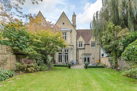 3 bedroom terraced house for sale - Brooklands Road, Weybridge, KT13