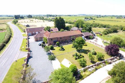 6 bedroom detached house for sale - Stockwith Road, Walkeringham , Doncaster, DN10