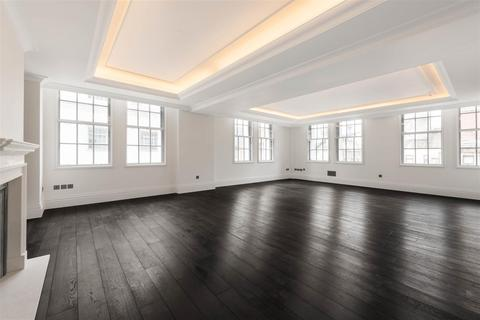 3 bedroom apartment to rent - Whitehall Place SW1