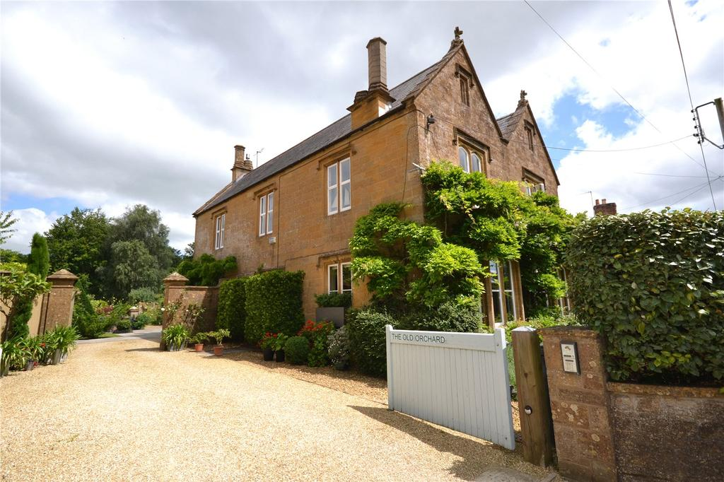 4 Bedrooms Equestrian Facility Character Property for sale in Water Street, Martock, Somerset