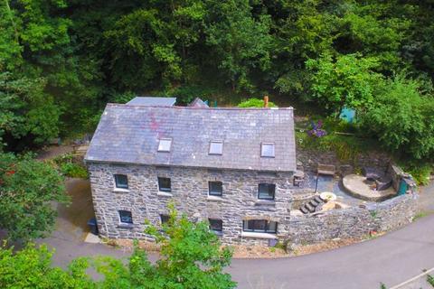 4 bedroom detached house for sale - Maenan, Llanrwst