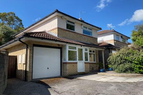 3 bedroom detached house for sale - Brookfield Avenue, Barry