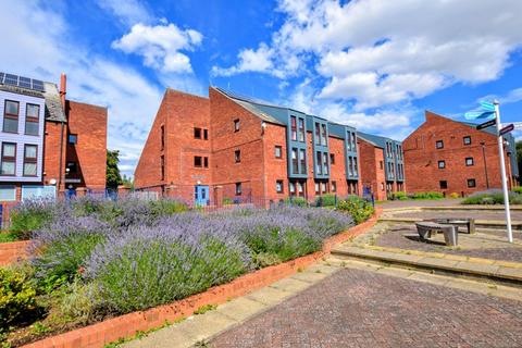 2 bedroom apartment for sale - Wycliffe End, Aylesbury