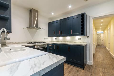 3 bedroom flat to rent - Northumberland Street Edinburgh EH3 9LS United Kingdom