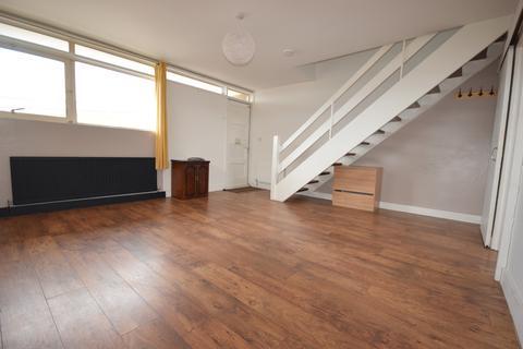 2 bedroom maisonette to rent - Whalley Place, Lytham St. Annes, Lancashire, FY8