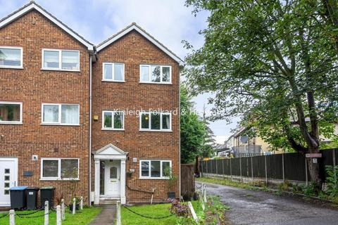 5 bedroom end of terrace house for sale - Linden Way, Southgate